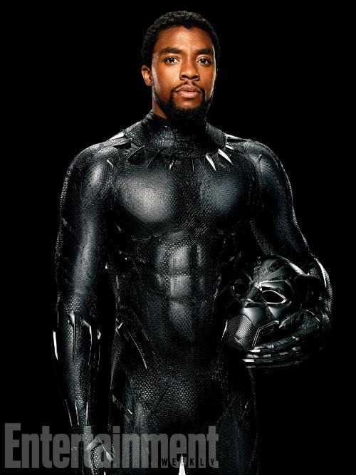 Chadwick Boseman thủ vaiChiến binh Báo Đen khoe hình thể trong bộ đồ bó sát. Ảnh: EW.
