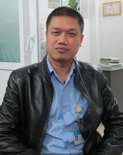 Anh Nguyễn Hữu Hoàng, Giám đốc Ngân hàng Mắt.