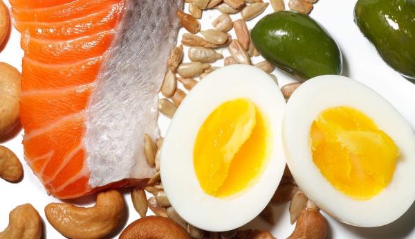 Các thực phẩm giàu chất béo tốt cho sức khỏe. Ảnh: H.M.