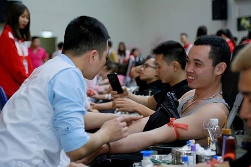 Với thông điệp Hiến giọt máu đào - Trao đời sự sống, lễ hộinăm nay dự kiến thu hút 15.000 người tham dự, trên 1.000 tình nguyện viên phục vụ lễ hội và tiếp nhận 8.000 đơn vị máu cho điều trị.