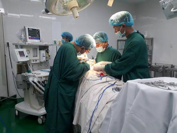 Nam bệnh nhân được các bác sĩ cứu sống. Ảnh: Bệnh viện cung cấp.