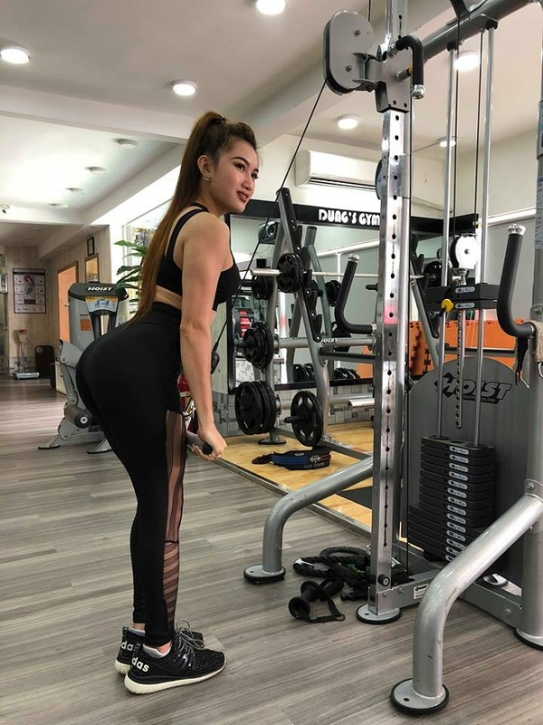 Cô gái Sài Gòn sở hữu ba vòng hoàn hảo nhờ khổ luyện gym