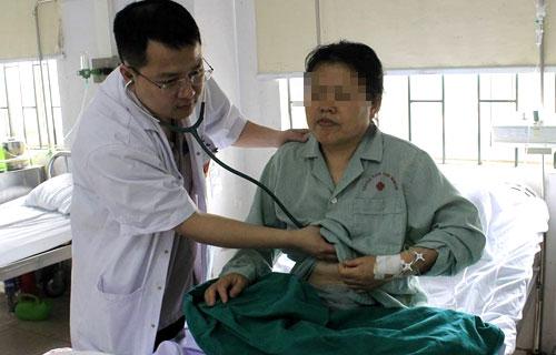 [Sau một ngày được can thiệp, bệnh nhân người Trung Quốc đã có thể xuất viện.