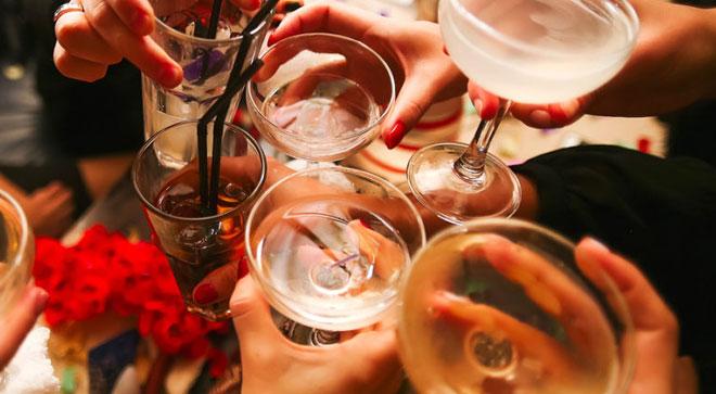 Rượu bia là một trong 10 nguyên nhân gây tử vong hàng đầu trên thế giới,20%tử vong do tai nạn giao thông; 30% chếtdo ung thư thực quản, gan, động kinh và giết người; 50% xơ gan.