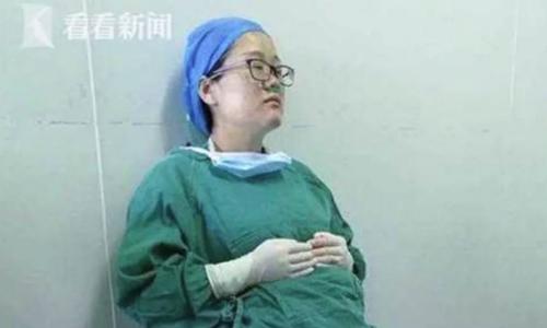 Bác sĩ mang thai ngã gục sau bốn ca mổ liên tiếp - ảnh 1