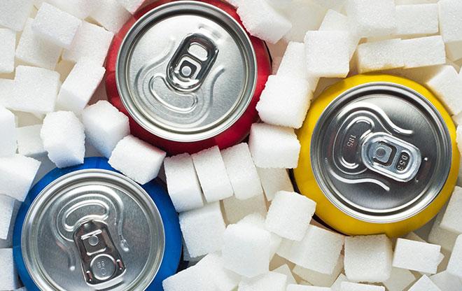 Tiêu thụ quá nhiều đường là một trong những nguyên nhân làm gia tăng tình trạng thừa cân, béo phì. Ảnh: