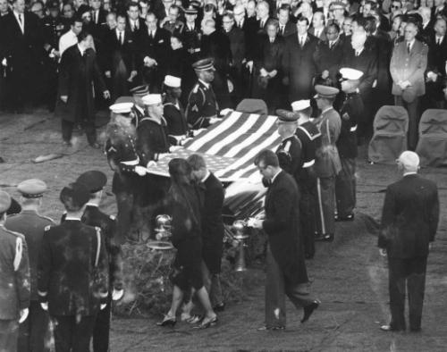 Lễ tang thượng nghị sĩ Kennedy. Ảnh: GI.