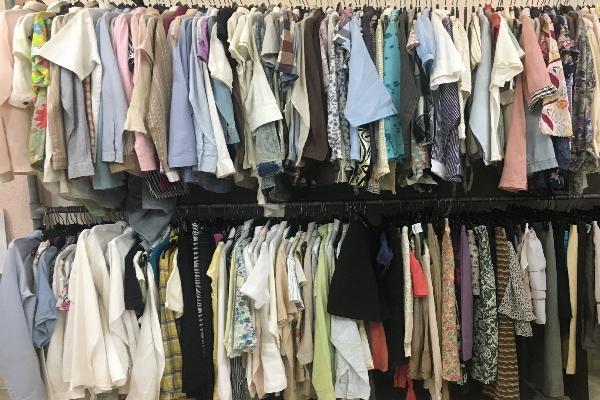 Các loại quần áo sida nếu không giặt, tẩykỹ càng sẽ có nguy cơ mắccácbệnh da liễu và bệnh phụ khoa. Ảnh: Cẩm Anh