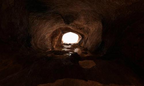 Ẩn họa bệnh tật trong hang tối Tham Luang Thái Lan - ảnh 2