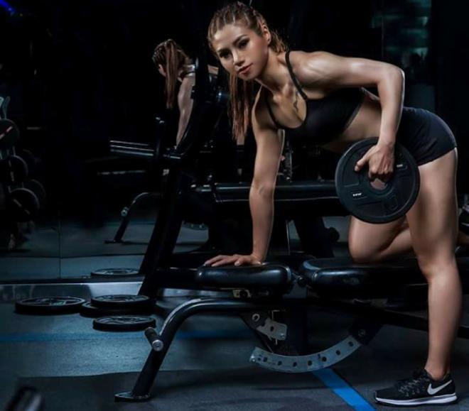 Tyna Nguyễn thân hình săn chắc khi giảm 32 kg. Ảnh: C.K