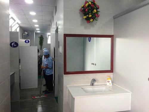 Nhà vệ sinh chuẩn 5 sao tại bệnh viện E