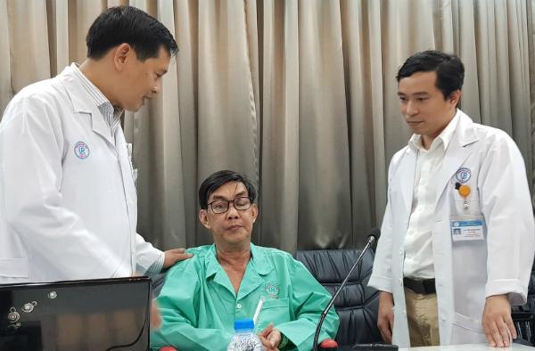 Mắt bệnh nhân hồi phục tốt sau cuộc phẫu thuật. Ảnh: Lê Phương.