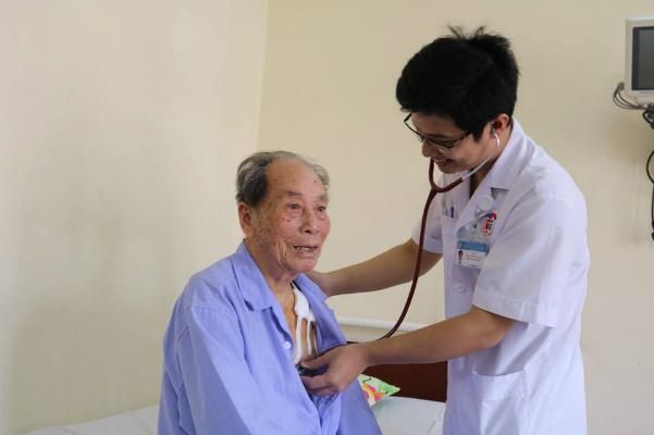 Nhịp tim của cụ ông đã bình thường sua khi được can thiệp. Ảnh: Bệnh viện cung cấp.