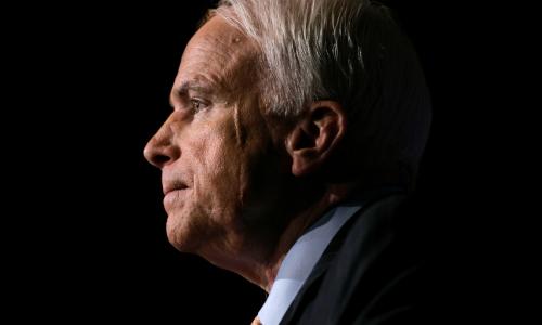 Thượng nghị sĩ McCain qua đời sau thời gian chống chọi với ung thư não. Ảnh: AP.