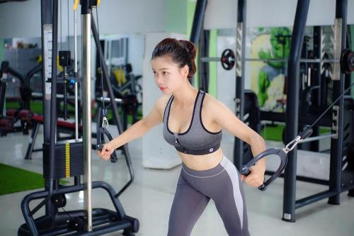 Hiền còn rèn luyện thêm bộ môn gym mỗi ngày.