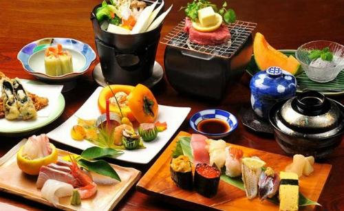 Cá là món ăn truyền thống phổ biến nhất của người Nhật. Ảnh: Huffpost