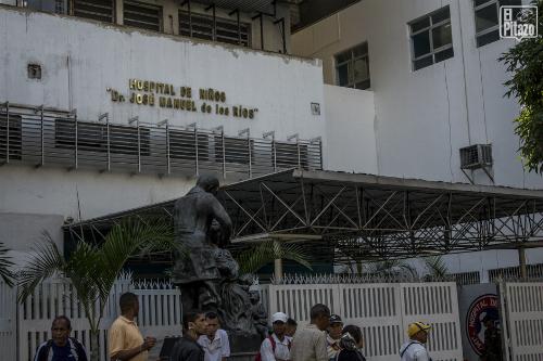 benh-vien-venezuela-ngung-hoa-tri-cho-tre-em-ung-thu