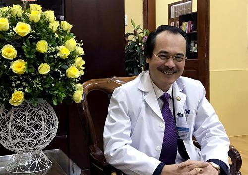 Thầy thuốc Ưu tú, PGS. TS. BS. Vũ Xuân Phú - Phó Giám đốc Bệnh viện Phổi Trung ương