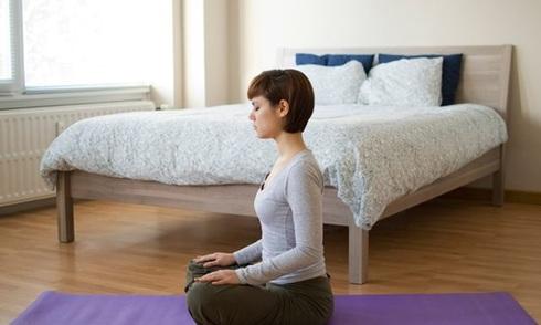 10-tu-the-yoga-giup-ban-ngu-ngon