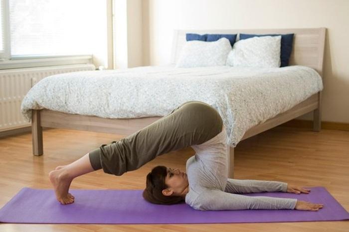 10 tư thế yoga giúp bạn ngủ ngon