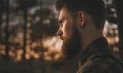 Dấu hiệu cảnh báo bệnh thể hiện trên bộ râu quý ông