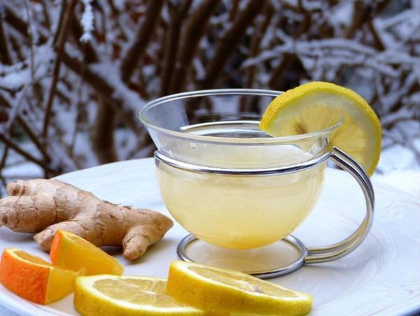 Các thực phẩm trà gừng, chanh, cam, mật ong,... giúp giải rượu rất tốt.