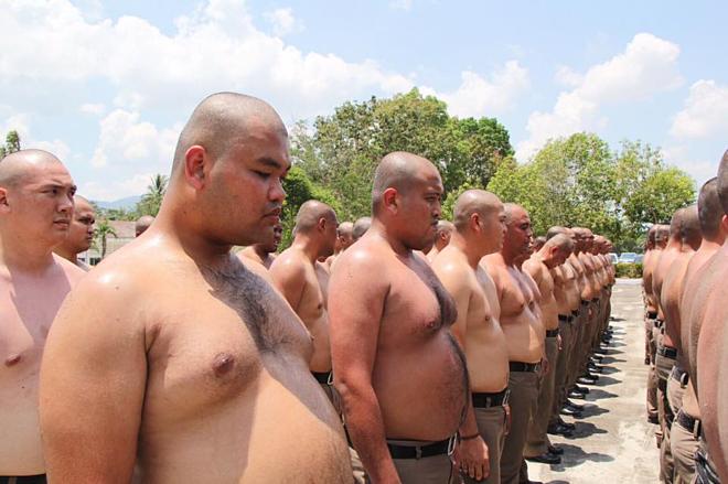 Tất cả cảnh sát béo phì ở Thái Lan phải giảm cân để tăng cường sức khỏe. Ảnh: Khaosod English