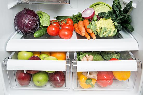 Bảo quản tốt thực phẩmtrong thời tiết nồmlà cách bảo vệ sức khỏe cho cả gia đình. Ảnh: Zenhealth