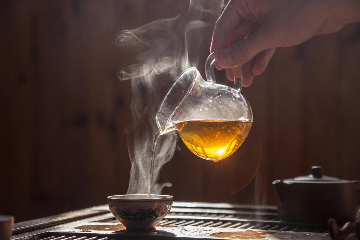 Uống trà quá nóng làm tăng nguy cơ ung thư - Sức Khỏe