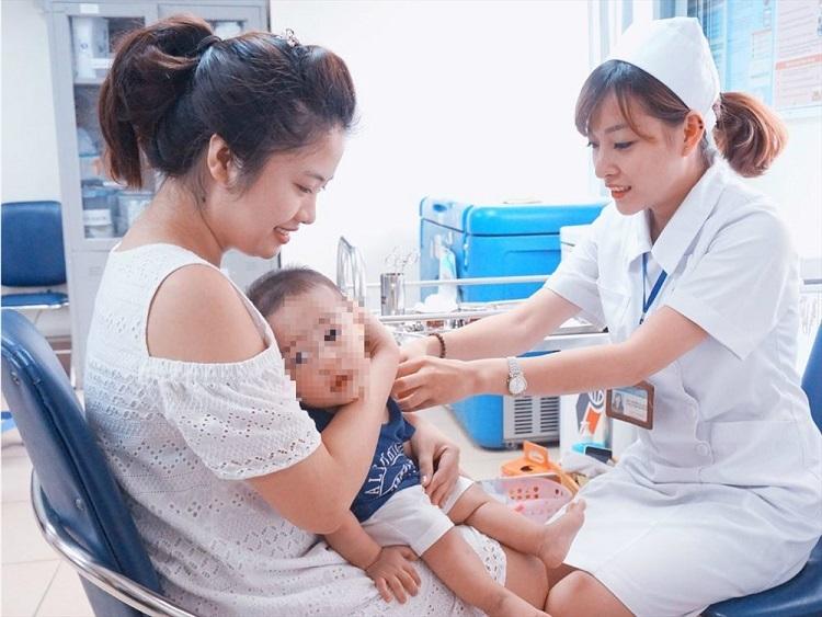 Thiết bị trị giá 600.000 USD giúp bảo quản vắcxin ở Việt Nam - Sức Khỏe