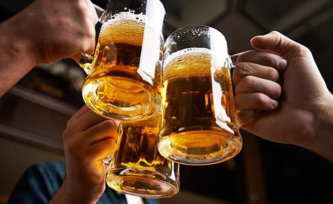 Rượu, bia là nguyên nhân trực tiếp gây nên hơn 30 loại bệnh không lây nhiễm và 200 loại bệnh tật khác. Ảnh: Health