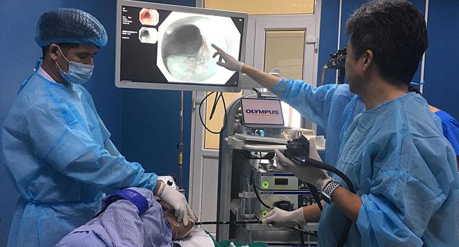 Bệnh nhân ung thư thực quản được phẫu thuật nội soi tại Bệnh viện K. Ảnh: Lê Nga.