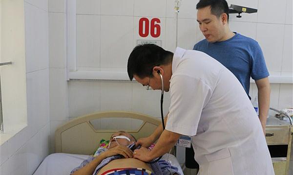 Cựu binh bị đột quỵ não trên đường đi thăm chiến trường xưa - ảnh 1