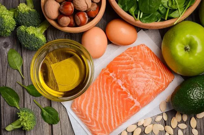 Tầm quan trọng của chất béo trong bữa ăn dặm của trẻ - ảnh 2