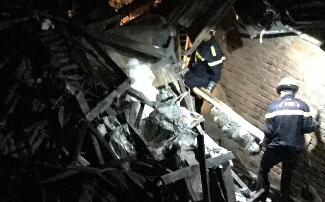 Tìm thấy hai thi thể nạn nhân trong vụ cháy gần Bệnh viện Nhi Trung Ương năm 2018. Ảnh: Vnexpress