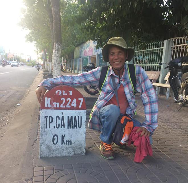 Ông Đào có mặt tại Cà Mau sau 64 ngày đi bộ. Ảnh: Nhân vật cung cấp