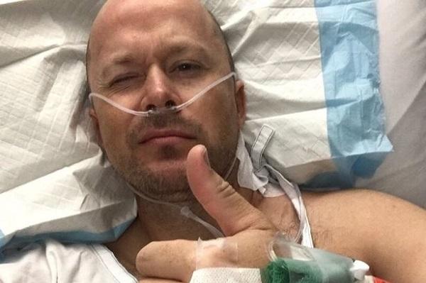 Ryan Glossop, người Australia đã trải qua 4 cuộc phẫu thuật ung thư da.