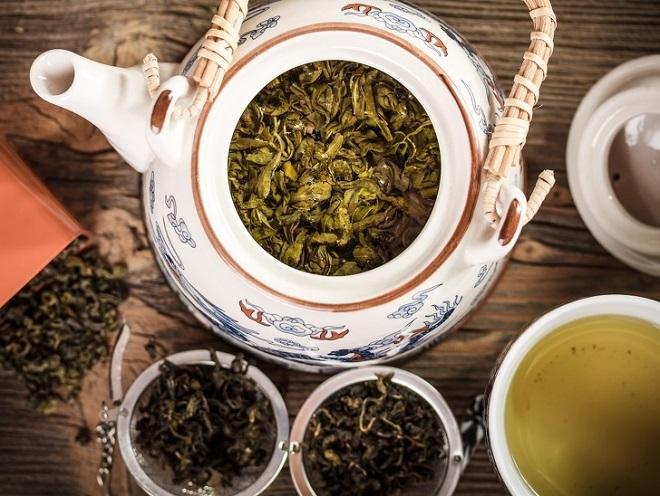Duy trì thói quen uống trà xanh là một trong các bí quyết giúp phụ nữ Nhật trẻ đẹp. Ảnh: Depositphotos