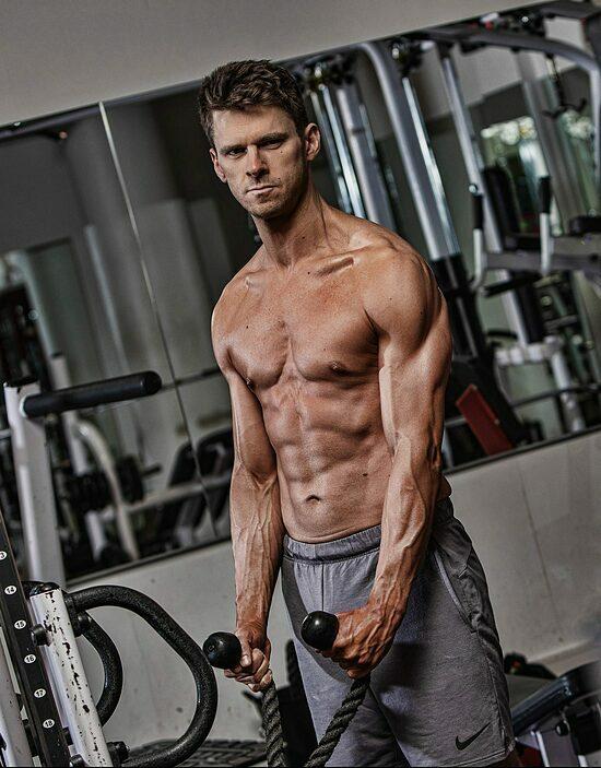 Matt Ellengold sau khi giảm cân và cai nghiện thành công. Ảnh:Ultimate Performance