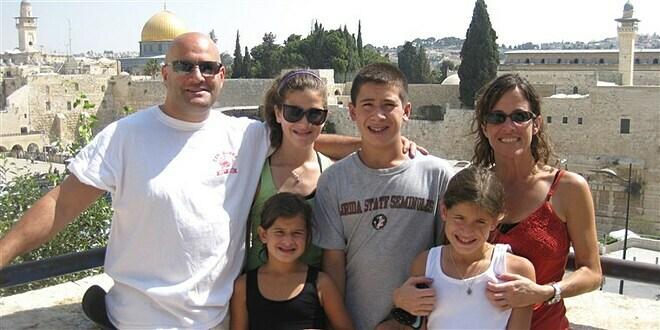 6 người trong gia đình bị ung thư phổi - ảnh 1