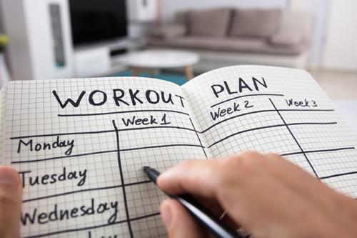 Lên kế hoạch cho việc tập luyện là cần thiết, nhất là với những người mới bắt đầu. Ảnh: Go4Life.