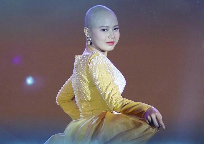 Thủy Tiên danh giải Mis truyền cảm hứng - 1 trong những giải thưởng phụ của cuộc thi. Ảnh: BTC cung cấp