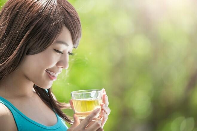 Duy trì uống trà ít nhất ba lần một tuần giúp cơ thể khỏe mạnh, sống lâu hơn. Ảnh: Making Food