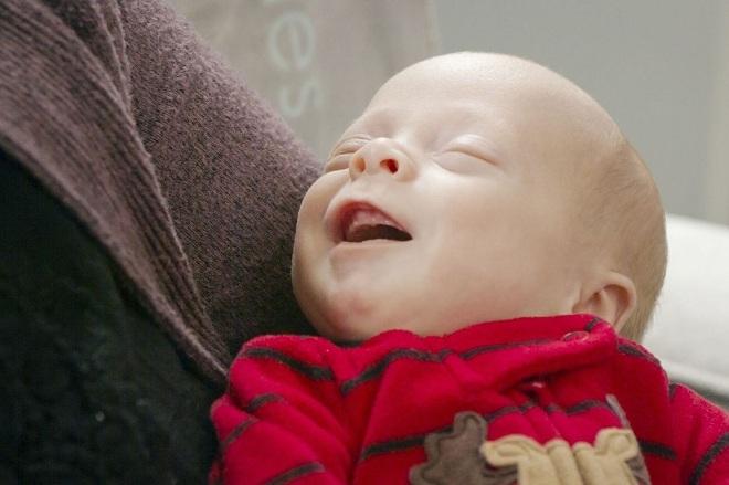 Benjamin được sinh ra từ tử cung của người hiến tặng đã qua đời. Ảnh: Penn Medicine