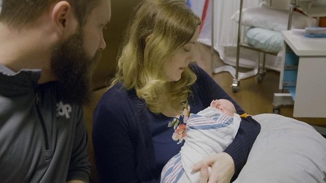Jennifer cùng chồng và con. Ảnh: Penn Medicine