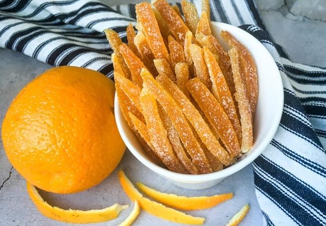 Một số loại quả khô được bọc đường để tăng thêm vị ngọt. Ảnh: Mama Veggie