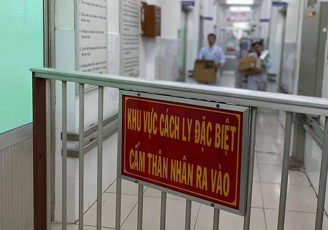 Bệnh viện Chợ Rẫy cách ly hai bệnh nhân từ Vũ Hán, T.Q dương tính với virus nCoV