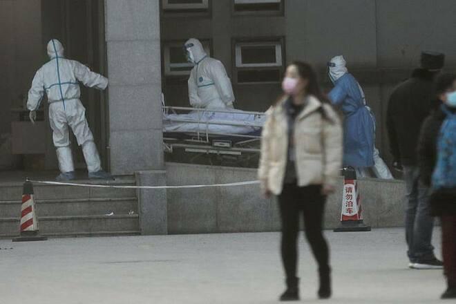 Nhân viên y tế Vũ Hán nhiễm bệnh nhiều hơn báo cáo - ảnh 1