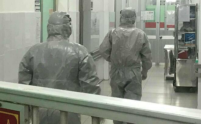 Bệnh nhân viêm phổi Vũ Hán ở Chợ Rẫy hết sốt - ảnh 1
