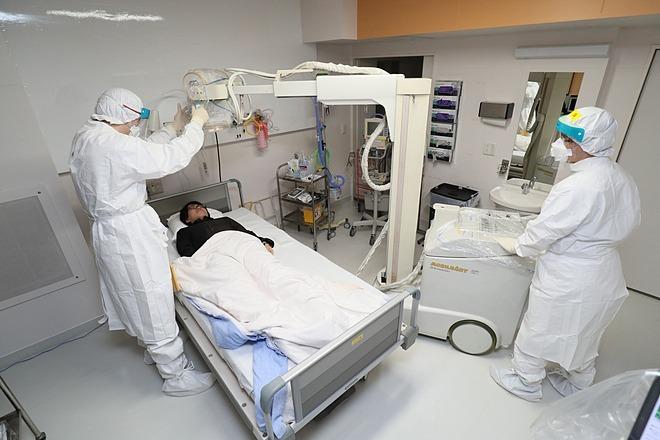 Bắc Kinh dùng thuốc điều trị HIV chữa viêm phổi Vũ Hán - ảnh 1